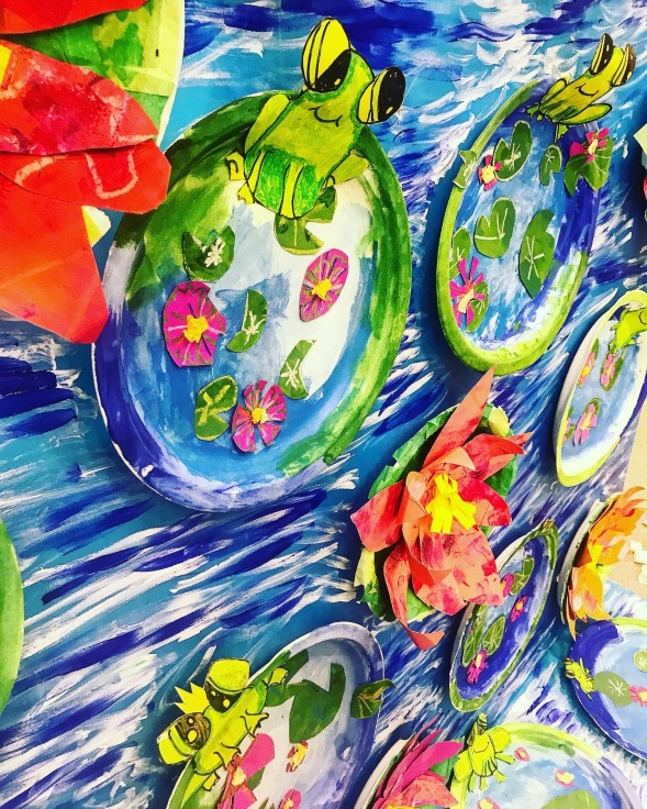 Grade 1 Waterlily pond with Frog